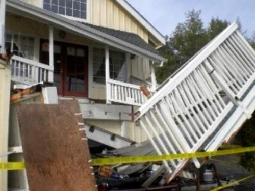Deck Collapses Housecheck Inspection Services